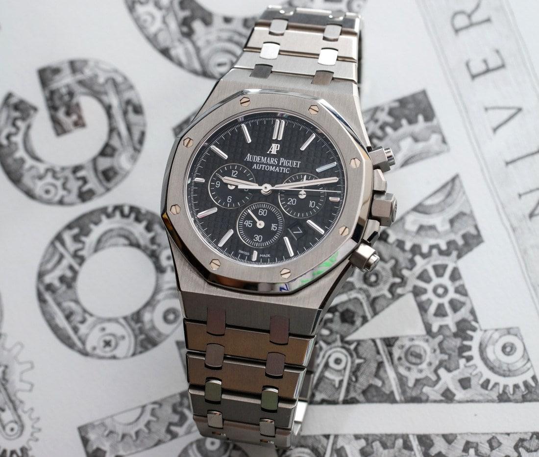 Audemars-Piguet-Royal-Oak-Chronograph-41mm-mau-bac